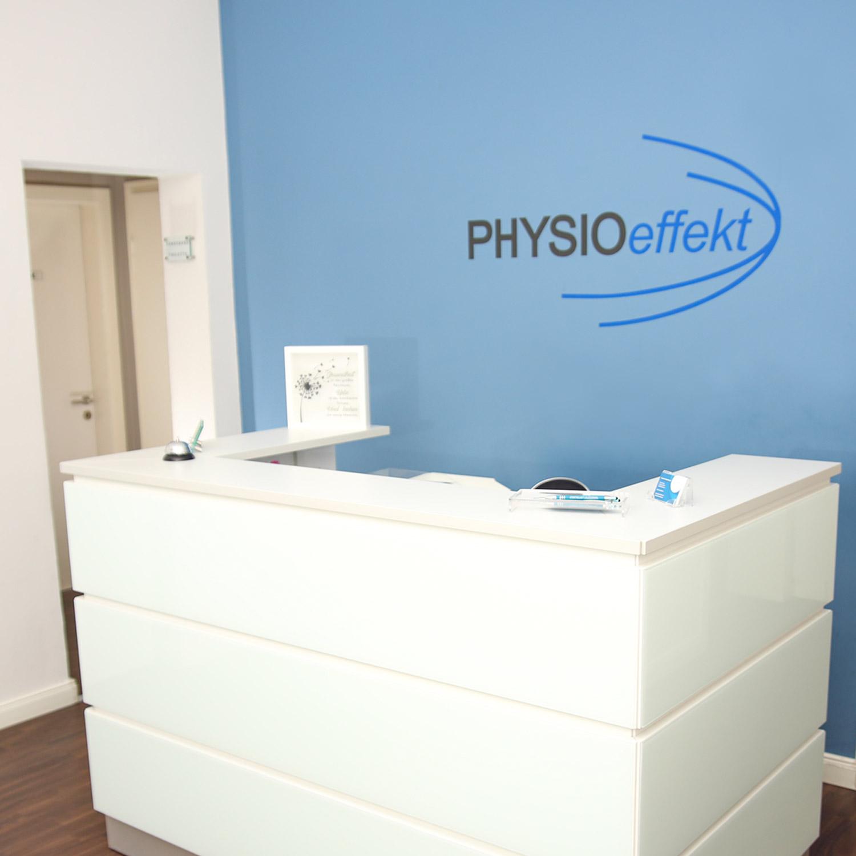 Rezeption Physioeffekt • Praxis für Physiotherapie Paderborn • Krankengymnastik Paderborn • Wellness und Massage Paderborn •Claudia Lüke
